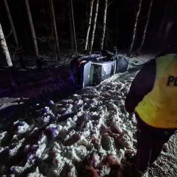 """Pijany kierowca wypadł z drogi i opowiedział """"historyjkę"""""""