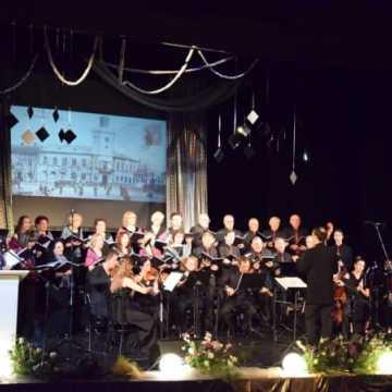 95 lat z Moniuszkowcami