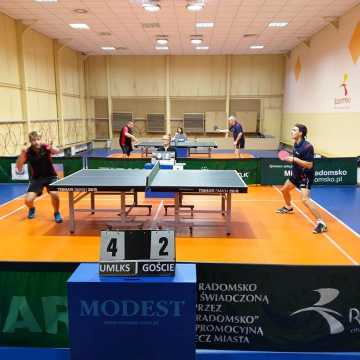 Wygrana tenisistów UMLKS Radomsko na zakończenie rundy