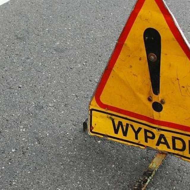 [AKTUALIZACJA] Na DK1 niedaleko Radomska zderzyły się dwa pojazdy. Są utrudnienia!