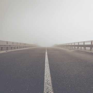 Meteorolodzy ostrzegają przed gęstymi mgłami