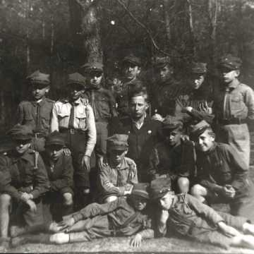 [ARCHIWALNE ZDJĘCIA] Mija 105. rocznica harcerstwa na Ziemi Radomszczańskiej