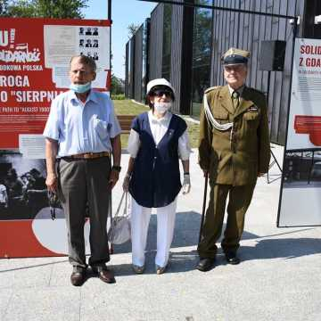 Piotrków Tryb.: wystawa o Solidarności otwarta