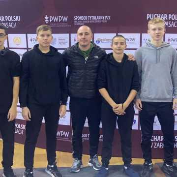 """Zawodnicy UKS """"Zapaśnik"""" Radomsko w III Pucharze Polski Kadetów"""