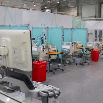 Ilu pacjentów przebywa w szpitalu tymczasowym w Łodzi?