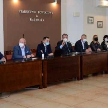 O 5 członku Zarządu Powiatu i likwidacji filii PUP w Przedborzu na środowej sesji