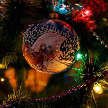 W święta Bożego Narodzenia limity dotyczą osób z zewnątrz, które rodzina może zaprosić
