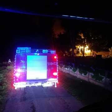 Spłonął budynek w Kolonii Myśliwczów. Niewykluczone podpalenie