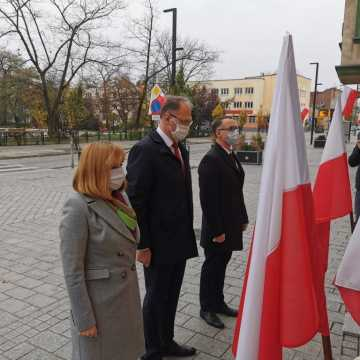Władze Radomska upamiętniły rocznicę odzyskania niepodległości