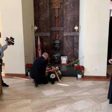 Poseł Anna Milczanowska oddała hołd ofiarom katastrofy smoleńskiej