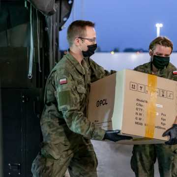 Łódzcy Terytorialsi dostarczają testy na COVID-19 dla całej Polski