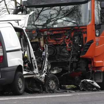 Tragiczny wypadek na DK42 niedaleko Granic
