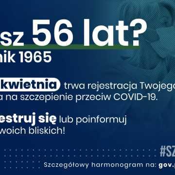 W czwartek ruszyły zapisy na szczepienia przeciw COVID-19 dla 56-latków, którzy wcześniej nie wypełnili zgłoszenia