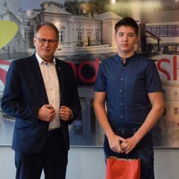Młodzi bokserzy z wizytą u prezydenta Radomska