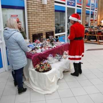 Targi rękodzieła z Mikołajem