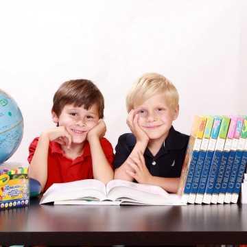 Konkursy na dyrektora szkoły podstawowej i przedszkoli w Radomsku