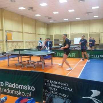 Tenis stołowy. Porażka tenisistek i zwycięstwo tenisistów UMLKS Radomsko