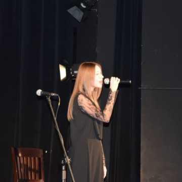 Koncert charytatywny dla Adriana