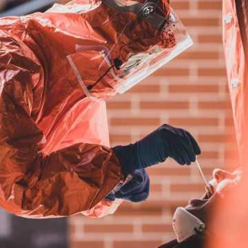 9622 nowych zakażeń koronawirusem - to najwięcej zakażonych od początku epidemii