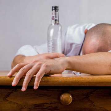Środa z profilaktyką: alkoholizm