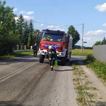 Strażacy neutralizowali plamę oleju w Brudzciach