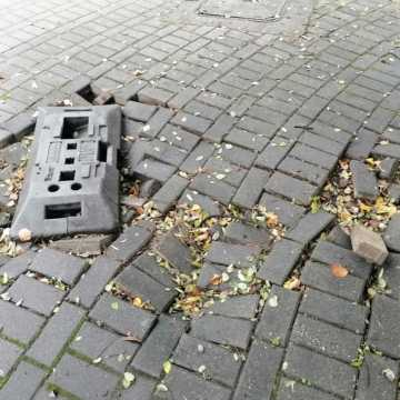 Kto to naprawi?