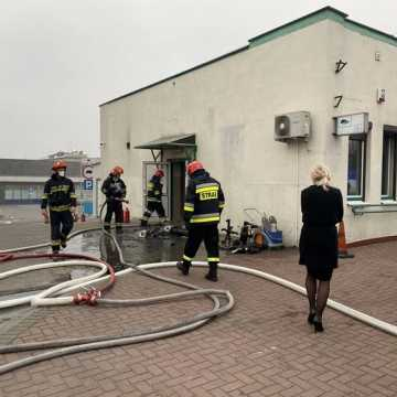 Pożar Powiatowego Urzędu Pracy w Radomsku. Było duże zagrożenie dla pracowników