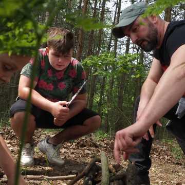 """Ścieżka zagadek w """"Tajemniczym lesie"""" pokonana"""