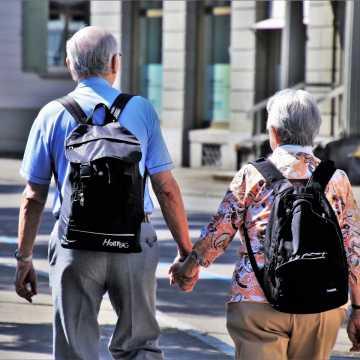 Seniorzy nie boją się koronowirusza?
