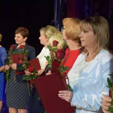 Prezydent nagrodził nauczycieli