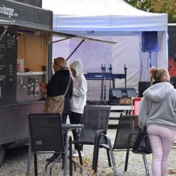 Weekend z Food Truckami na placu 3 Maja w Radomsku