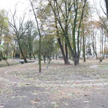 Rewaloryzacja parku Świętojańskiego. Ile już  zrobiono?