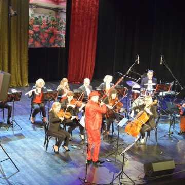 Grohman Orchestra o miłości