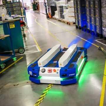 Automatyczna identyfikacja produktów dla poprawy wydajności produkcji i magazynowania