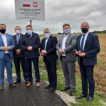 Pow. piotrkowski: rusza kolejnych 10 inwestycji na drogach powiatowych
