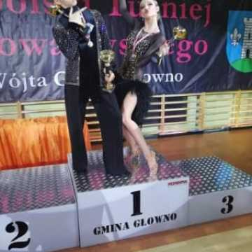 """Potrójne Mistrzostwo dla tancerzy Studia Tańca """"ETIUDA"""" na Mistrzostwach Okręgu Łódzkiego"""