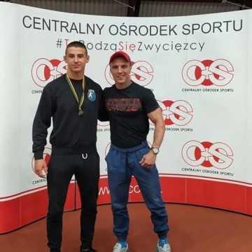 Zapaśnicy Filip Loch i Dawid Stefaniak na podium Igrzysk LZS w Spale