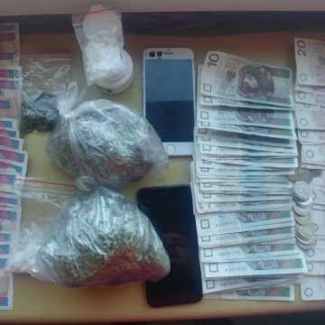 Wprowadzili do obrotu ponad 1,5 kg narkotyków