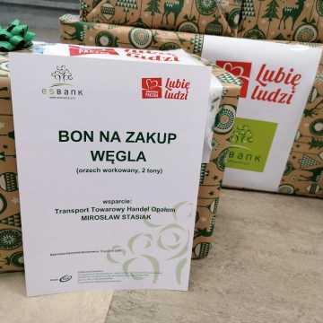 Pracownicy ESBANKU Banku Spółdzielczego ponownie wsparli Szlachetną Paczkę
