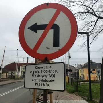 Wyjaśniamy. Zakazy skrętu w różnych godzinach w ulicę Sadową i Reymonta