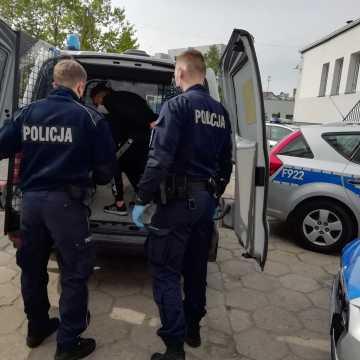 """Bełchatów: areszt dla złodziei na """"gościnnych występach"""""""