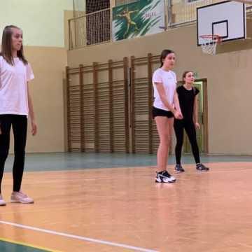 Wyniki 1. kolejki Amatorskiej Ligi Siatkówki