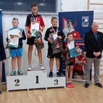 Udane rozpoczęcie sezonu dla tenisistów UMLKS Radomsko