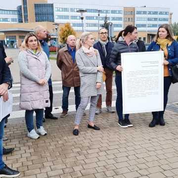 Rodzice oczekują stanowczych działań dotyczących oddziału dziecięcego w Szpitalu Powiatowym w Radomsku