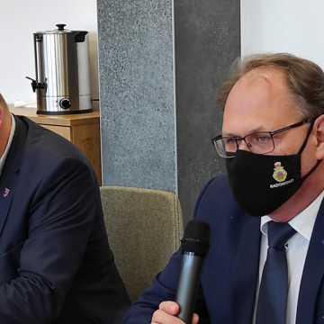 Wykonawca zrezygnował z remontu piwnic MDK w Radomsku. Część budynku wyłączona z użytkowania