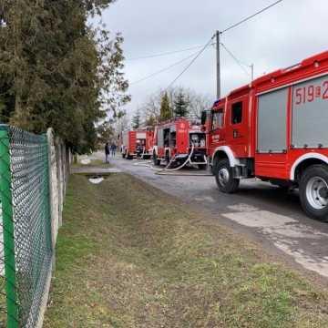 Pożar w garażu w Konradowie