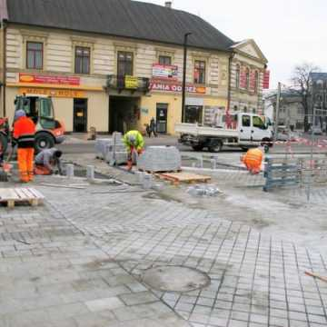 Rewitalizacja ul. Reymonta zakończy się w kwietniu. Kiedy zostanie przywrócony ruch?