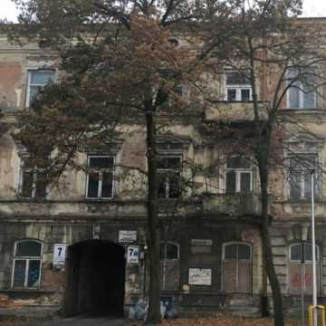 Jaki los czeka kamienicę przy ul. Kościuszki 7a w Radomsku?