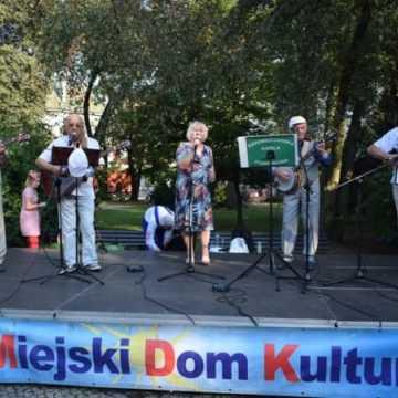 Letni Piknik Rodzinny na placu 3 Maja w Radomsku