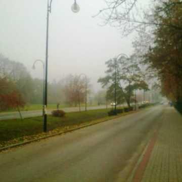Gęste mgły w powiecie radomszczańskim. Widoczność spadnie poniżej 200 m